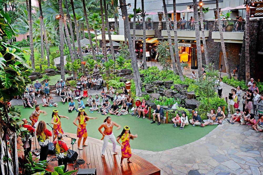 Royal Hawaiian Center Hula Shows