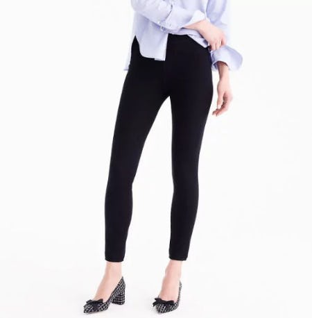Pull-On Toothpick Jean in Black