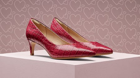 The On-Point Laina 55 Pump in Fuchsia Croc Printed Leather from Clarks