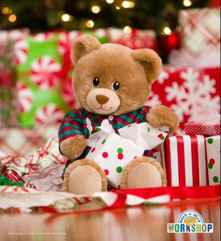 Make the PAWfect Holiday Gift at Build-A-Bear Workshop!