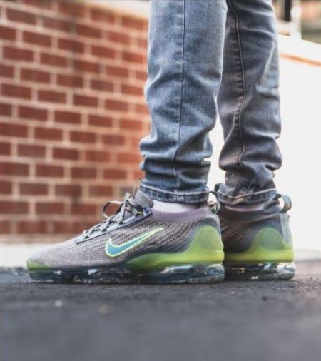 "Nike VaporMax '21 ""Grey Neon"" from DTLR"