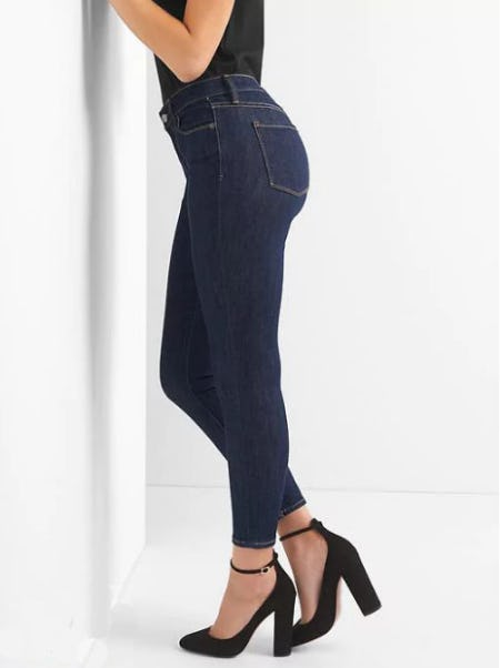 Mid Rise True Skinny Jeans in Sculpt from Gap