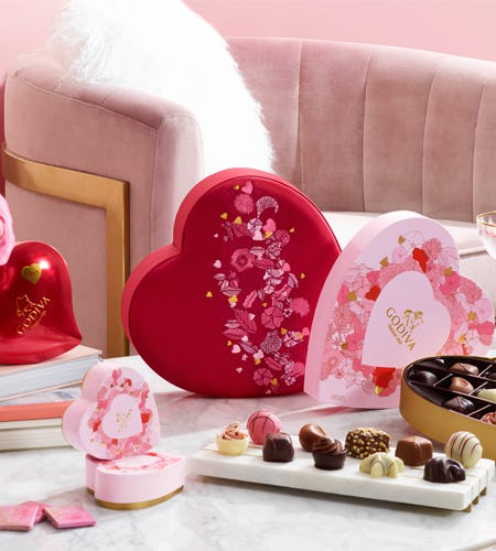 NEW Valentine's Day Collection from Godiva Chocolatier