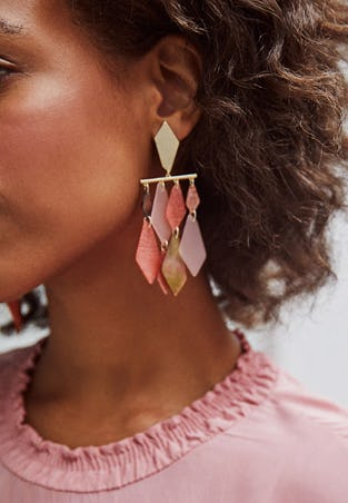 The Hanna Gold Statement Earrings from Kendra Scott