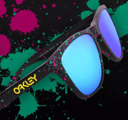 A New Frogskins™ Look from Oakley