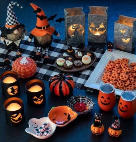 Scary-Good Halloween Décor from Von Maur