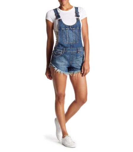 free-people-summer-babe-frayed-overalls