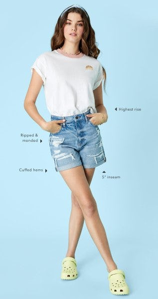 Meet the Baggy Mom Shorts from American Eagle Outfitters