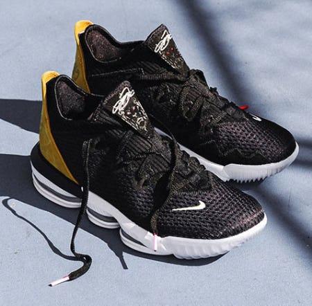 95eea4167b83 Nike Free RN Flyknit 3.0 at Foot Locker