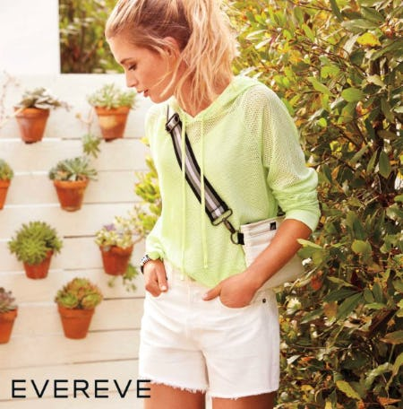 Look Amazing on These All Time Best-Selling Cutoffs from Evereve