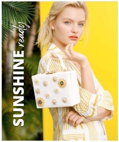 Summer Linen: Summer's MVP Fabric from Versona Accessories