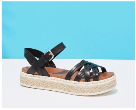 Now Trending: Woven Everything from DSW Shoes