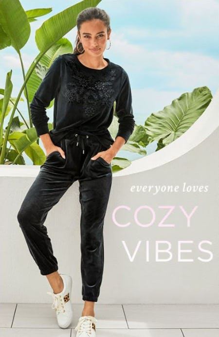 Gifts We Love: Cozy Edition from Lilly Pulitzer