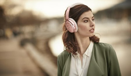 QC35 II Headphones Now in New Rose Gold from Bose