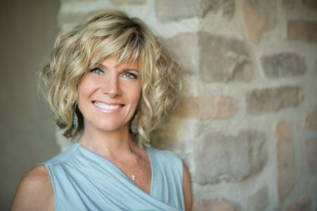 Debby Boone Live in Concert!