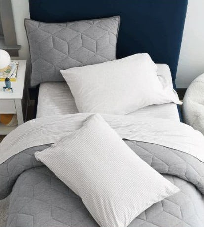 Organic Bedding as Comfy as a Jersey T-shirt from Pottery Barn Kids